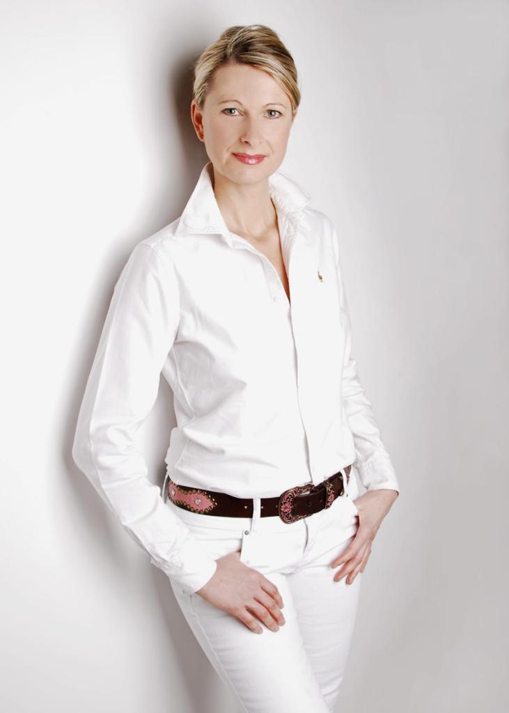 Ines Mirring vom Akzente Kosmetikinstitut in Kiel Russee